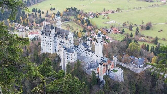 Schloss Neuschwanstein in Bayern - Hohenschwangau